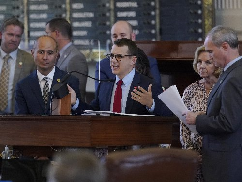 After All-Night Session, Texas House Approves New GOP-Backed Election Law
