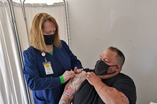 Border Communities Offer Surplus COVID Vaccines To Canadian Neighbors