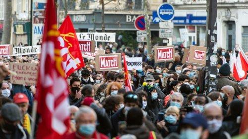 Liberté de la presse : un rapport remis à Jean Castex fait état « d'entraves croissantes et désinhibées de la part des forces de l'ordre »