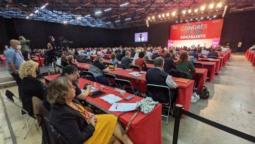 Anne Hidalgo et le Parti socialiste : je t'aime, moi non plus