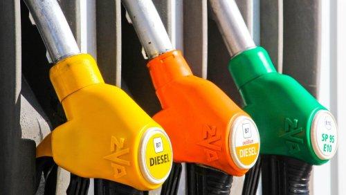 Prix du carburant : flambée des prix ou fièvre politique ?