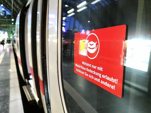 Fast 230.000 Verstöße gegen Maskenpflicht im Bahnverkehr 2021