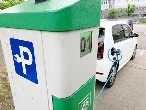 Preise für gebrauchte Elektroautos sinken auf neuen Tiefststand