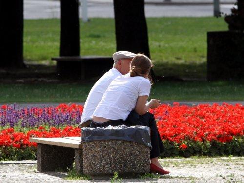 Anteil von Erwerbstätigen im Rentenalter deutlich gestiegen