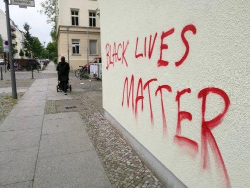 """Wagenknecht kritisiert """"Black Lives Matter"""""""