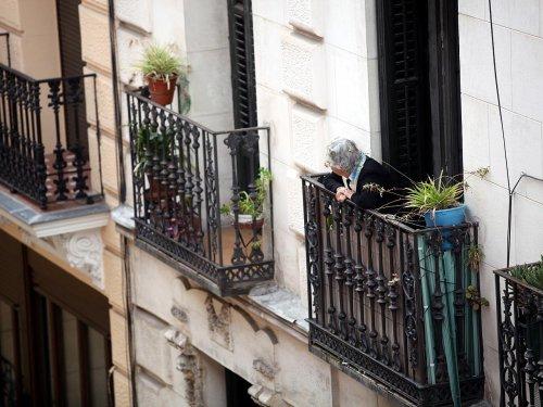 Lambrecht befürchtet anhaltende Einsamkeit bei Älteren