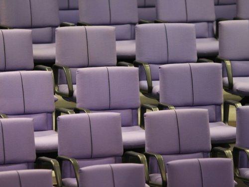 Linke und FDP für neue Sitzordnung im Bundestag
