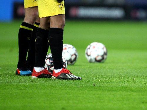 1. Bundesliga: Dortmund besiegt Bremen souverän