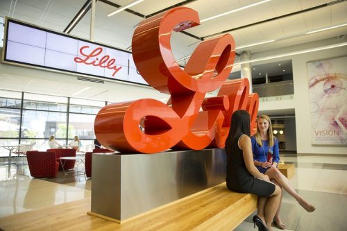 Lilly's phase 2 Alzheimer's win marred by missed secondaries, questions about clinical significance