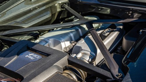 VIDEO: Is the First-Gen Audi R8 V10 Engine Actually a Lamborghini Engine?