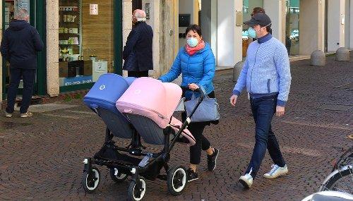 Lombardia, bando regionale di 500 euro per gli aiuti alle famiglie con figli minori