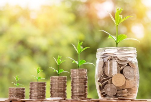 Easing money stress with free financial empowerment services