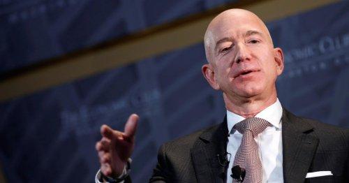 "Jeff Bezos says Amazon needs to change to be ""Earth's Best Employer"""