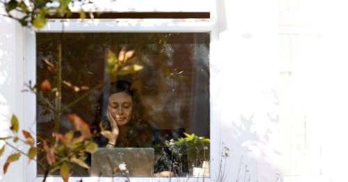 "The reason ""Zoom fatigue"" hits women harder than men"