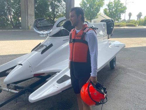 Breaking: Hearn Motorsports debuts a tunnel boat with Dylan Runne at the wheel