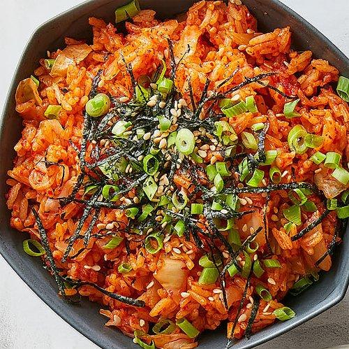 Kimchi-Bokkeumbap (Kimchi Fried Rice)