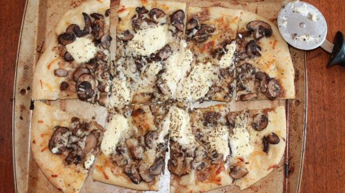 Give Mushrooms Another Chance With This Delish White Pizza Recipe