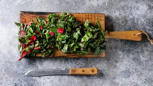 How To Make Wilted Garlicky Greens | Rachael Ray