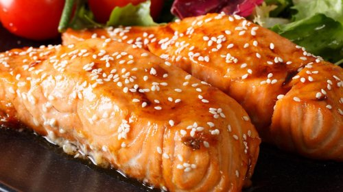 Easy + Healthy: Honey Soy Glazed Salmon