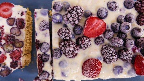 Clinton Kelly's No-Bake Summer Berry Cheesecake