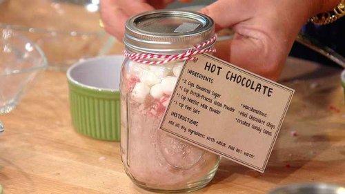Homemade Hot Chocolate Mix | Easy DIY Gift Idea