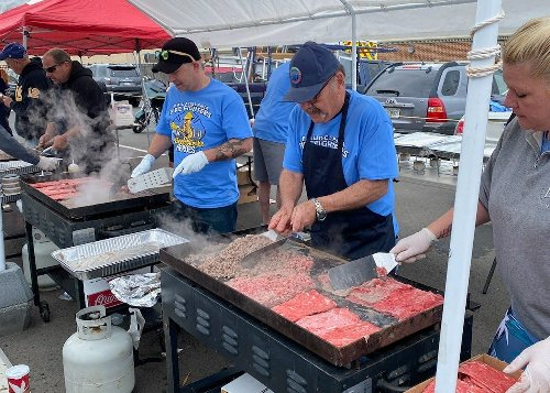 Police, firefighters grilling cheesesteaks to raise money for families of fallen