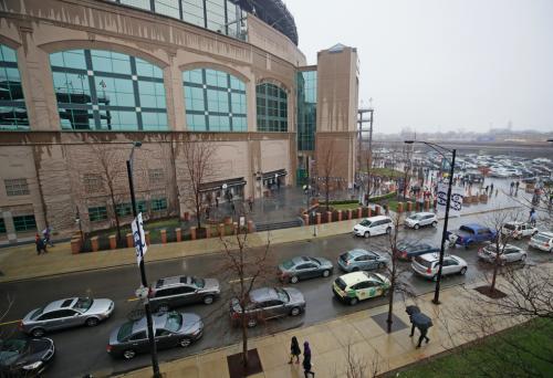 White Sox 'garage sale' offers fans a chance to buy castoff equipment, memorabilia