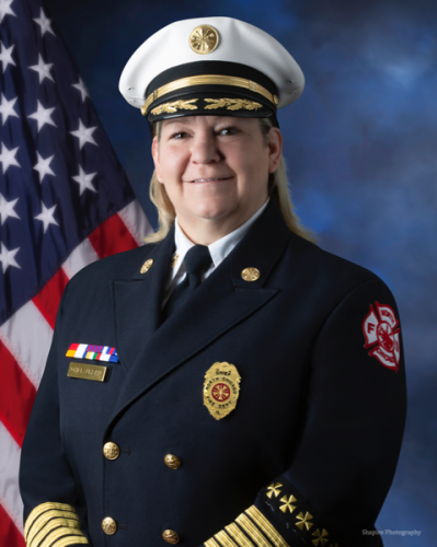 North Chicago fire chief, who made history as city's first female firefighter, retires after 30 years