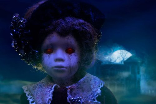 """Ghost hunters capture Britain's """"most haunted doll"""" moving on its own"""