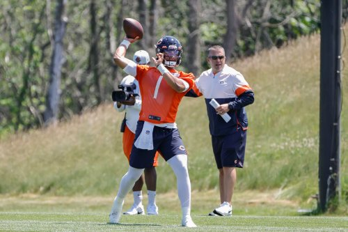 Bears pre-training camp mailbag: Can Justin Fields win the starting job by Week 1?