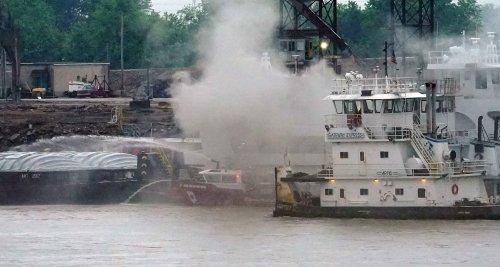St. Louis firefighters injured battling tugboat fire in Mississippi River