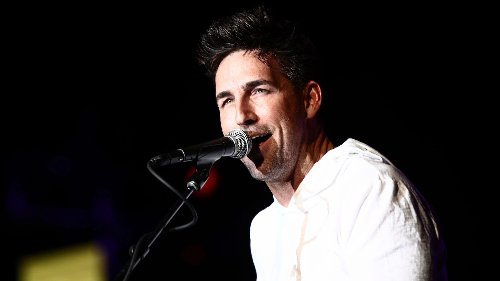 Jake Owen is on a mission to introduce younger fans to the music of his idols
