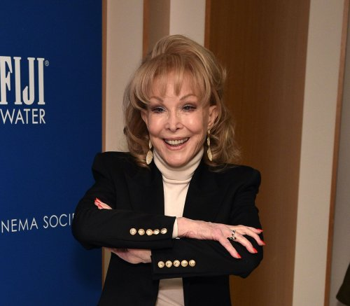 'I Dream of Jeannie' star Barbara Eden on staying fit and fabulous at 90: 'I feel young'