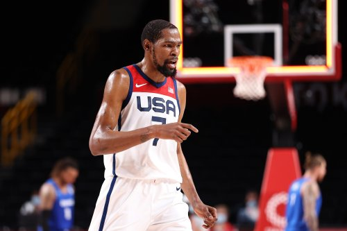 Kevin Durant passes Carmelo Anthony for most points in US Olympic history
