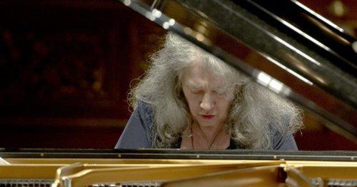 Martha Argerich renonce au festival de Salzbourg, « pour des raisons de santé »