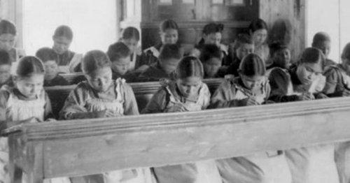 Pensionnats pour autochtones au Canada : « Tous les jours, j'ai été maltraitée »