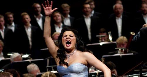 Anna Netrebko déclare forfait à Vienne, la soprano russe opérée en urgence