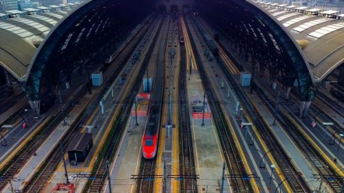 Attractiveness and cost key to modal shift - International Railway Journal