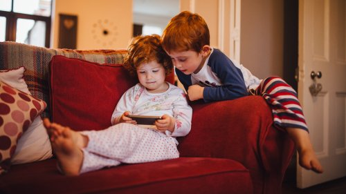 Managing screen time: strategies for children 3-11 years