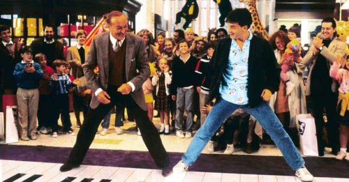 Behind-The-Scenes Stories From Tom Hanks Movies
