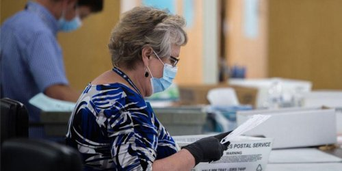 Arizona newspaper exposes all the Republicans rushing into the state to learn about bogus election audit