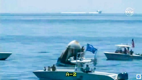 Boaters with Trump flag accused of 'endangering' SpaceX astronauts after splashdown