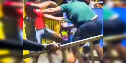 WATCH: Florida Ferris wheel operator gets a beating from crowd after he physically attacks Black mom