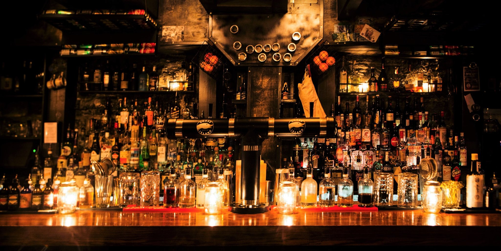 Where to Find Montreal's Hidden Bars and Secret Speakeasies
