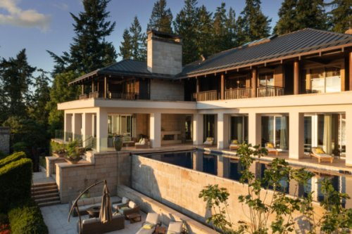 This Luxurious Victoria, B.C. Estate Broke Local Real Estate Records
