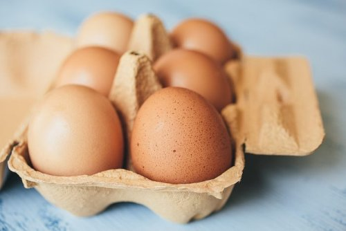 If You See Spots or Bumps on Your Eggs, This Is What It Means