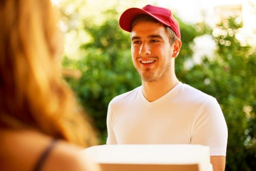 27 Things Your Pizza Guy Won't Tell You