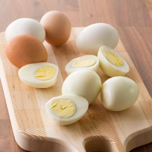 This Is the Easiest Way to Peel Hard-Boiled Eggs