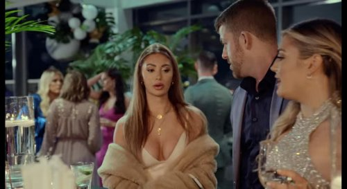 Love is Blind: Fans react to Francesca's reunion outfit! Dress code studied