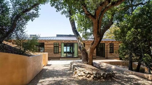 One Cool Compound: Bixby Ranch in Big Sur Splashes Onto the Market for $20M